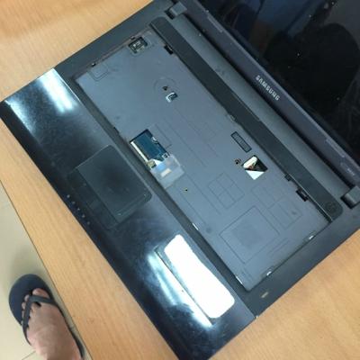 Vỏ laptop Samsung R439 , NP-R439L