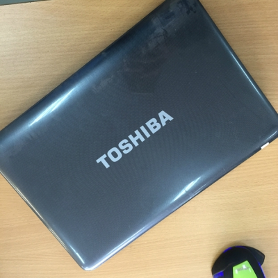 Vỏ laptop Toshiba Satellite L645