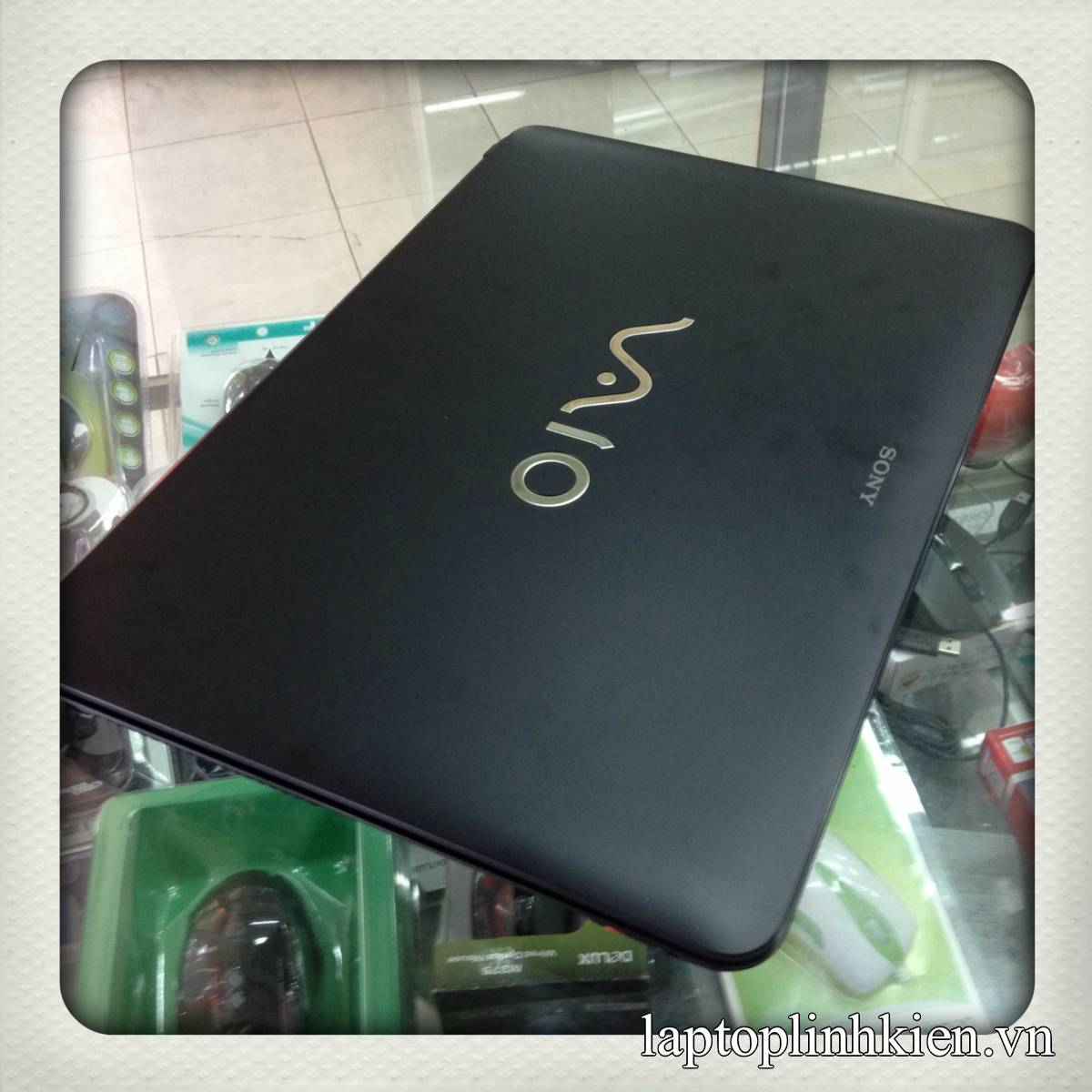Laptop cũ Sony SVF1421QSGB Core i3-3217 Ram2GB HDD500GB